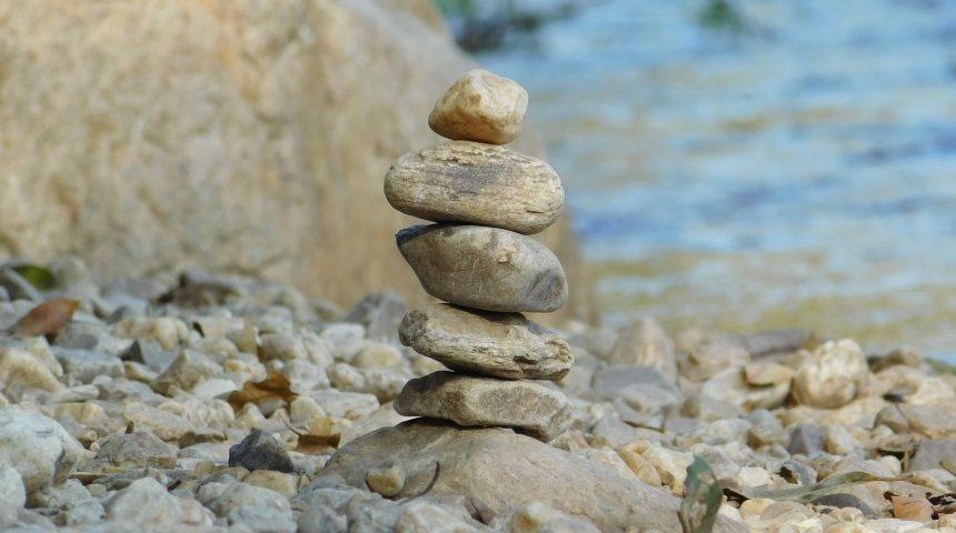 rocks-1284076_1920